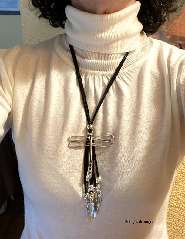 collar_libelula