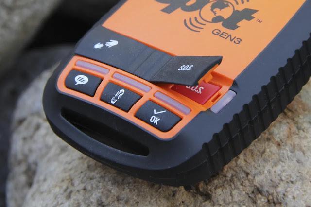 Al presionar el botón SOS se envía un mensaje a GEOS en texas