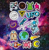 sticker vũ trụ rộng lớn