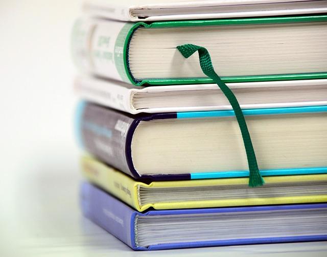 Apa Itu Buku Teks dalam Pendidikan
