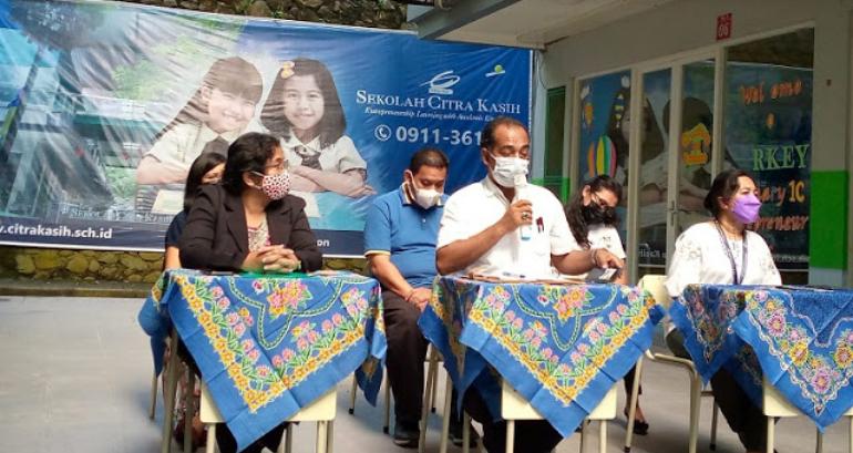Larang Siswi Muslim Berjilbab, SMP Citra Kasih Ambon Viral