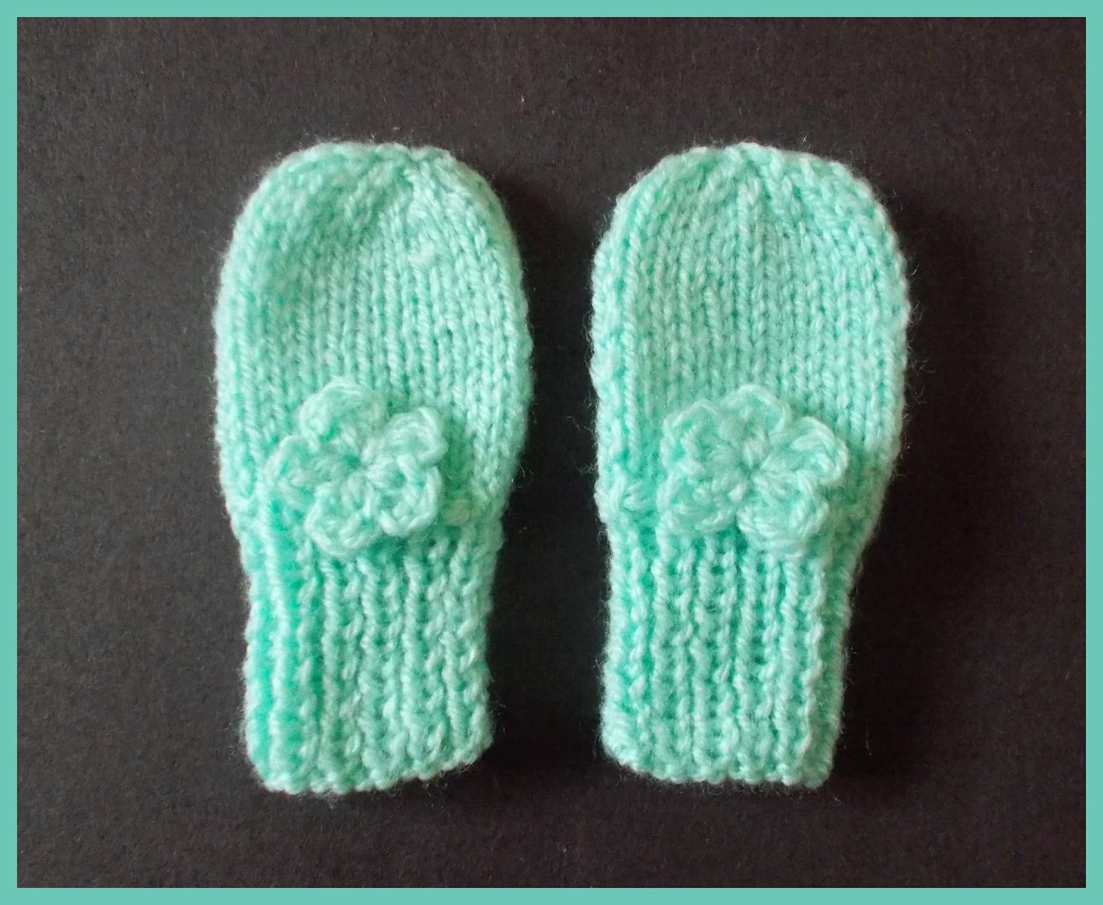 Marianna\'s Lazy Daisy Days: Simple Baby and Preemie Baby Mittens