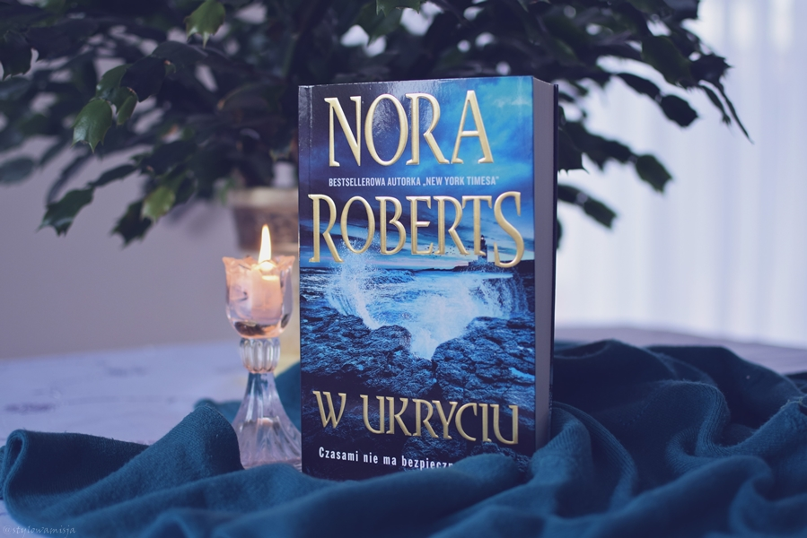 NoraRoberts, opowiadanie, Portland, psychologiczny, recenzja, thriller, WPoszukiwaniuPrawdy, WUkryciu, WydawnictwoEdipresse,