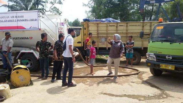 PT Pertamina  berikan Air Bersih warga Talang Puyang