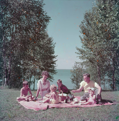Canadian family life in 1950