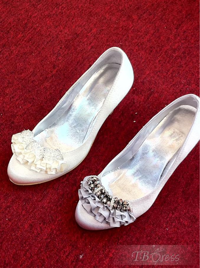 Lace Wedding Dresses For Bride Choosing Dyeable Shoes Cheap