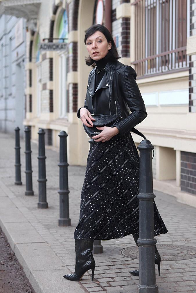 czarne stylizacje damskie