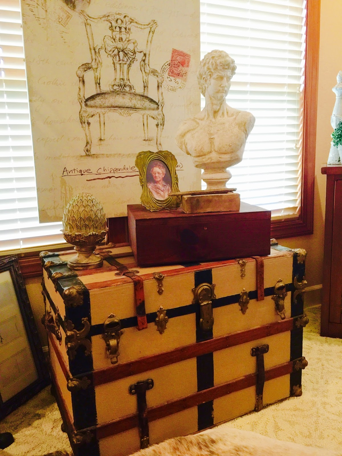 An Old Trunk Becomes A Center Piece In The Living Room
