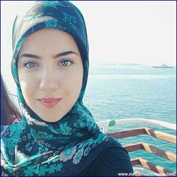 Arabi Girls Beautiful Pictures HD Wallpapers