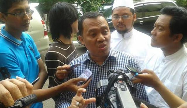 Dituduh akan Bakar Pura di Bali, Pengacara Habib Rizieq: Kenapa Baru Lapor Sekarang?