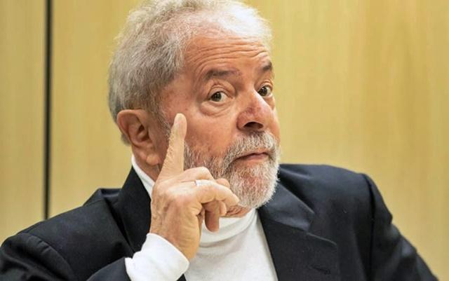 'Lava Jato' apresenta nova denúncia contra Lula e defesa reage