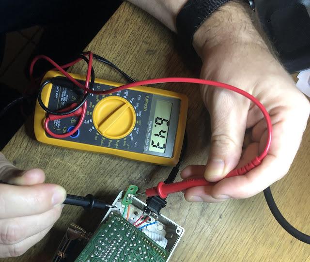 Messung der Spannung LED Anode gegen Gehäuse Nullpunkt