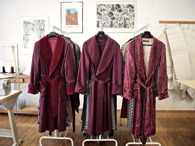 mens red paisley silk dressing gown velvet robe smoking jacket
