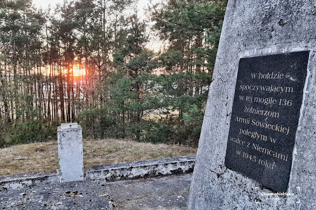 Bratnia Mogiła. Pomnik Oficerów Armii Radzieckiej na Glinkach w Toruniu