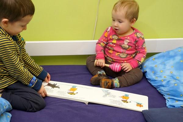 Dzieci czytają Gapiszona z Zielonej Sowy