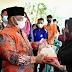 Kecamatan XIII Koto Kampar Terima 2.200 KPM Bantuan Beras PPKM