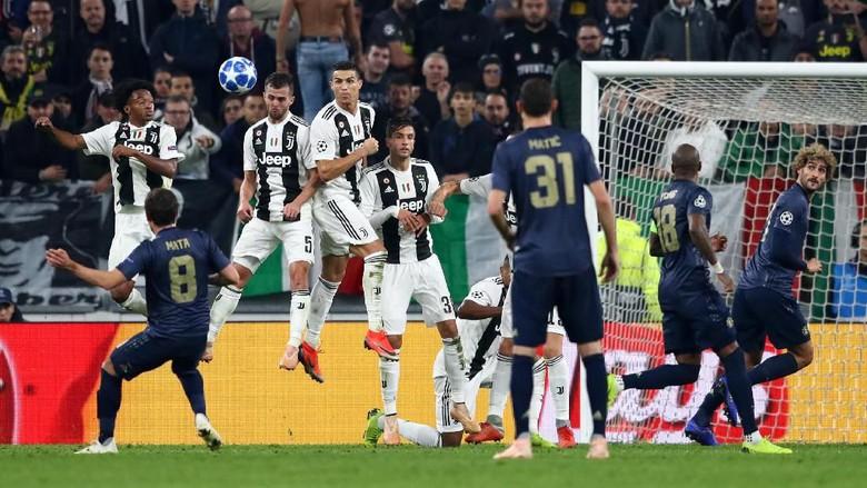 Juventus mengaku memberi kan peluang bola-bola mati untuk Manchester United