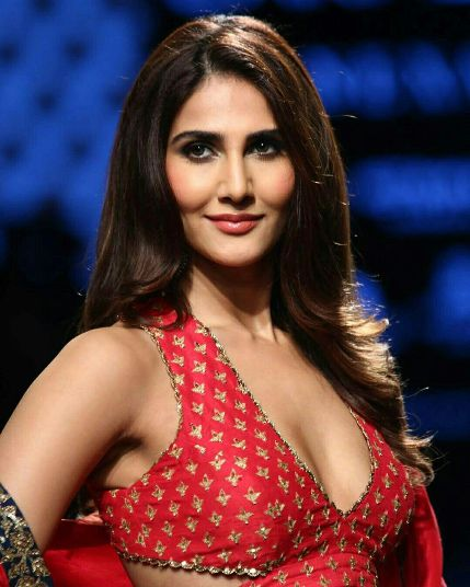 Vaani Kapoor Filmography Hits or Flops, Vaani Kapoor Super-Hit, Blockbuster Movies List - here check the Vaani Kapoor Box Office Collection Records and Analysis at MTWiki Blog. latest update on Top 10 Highest Grossing Films, lifetime Collection, Filmography Verdict, Release Date, wikipedia.