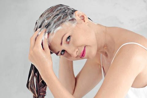Oczyszczanie włosów - jak to robić poprawnie? - czytaj dalej »