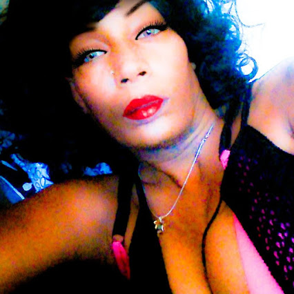 "Keshia Wells ( Dj and Writer) Blogging Entertainment and Daily News in a ""Raw and Uncut"" Way.."