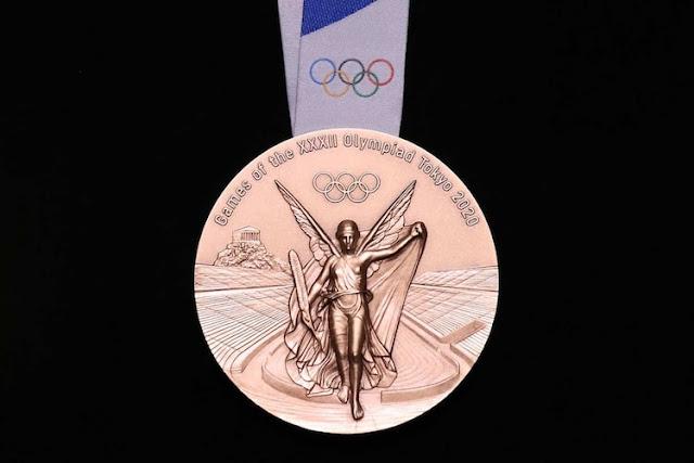Tokio-2020-medallas-creadas-teléfonos-electrónicos-reciclados