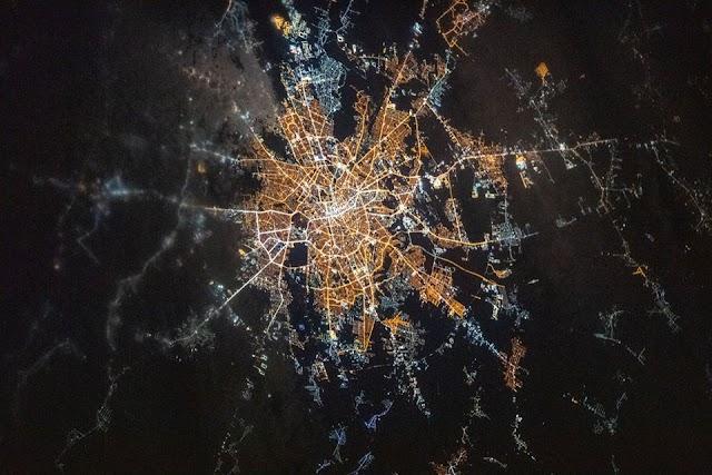 FOTO/ SENZAȚIONAL! Cartierul Drumul Taberei, văzut din spațiu.