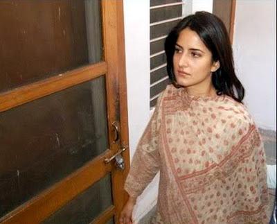 Katrina Kaif बिना मेकअप फोटो - कटरीना कैफ सिंपल Images