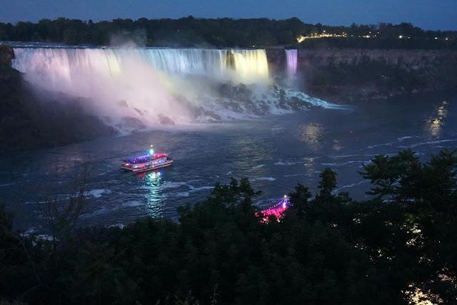 nighttime boat cruise ontario canada waterfalls