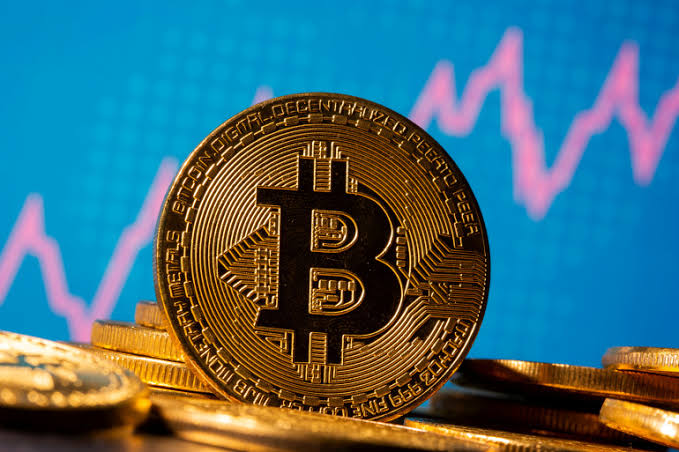 Bitcoin new record: one unit of the most expensive cryptocurrency bitcoin costs Rs 44 lakh, up 1100% in a year