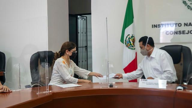 La empresaria Gabriela Cejudo registra su candidatura al IV Distrito Federal, por el PRI