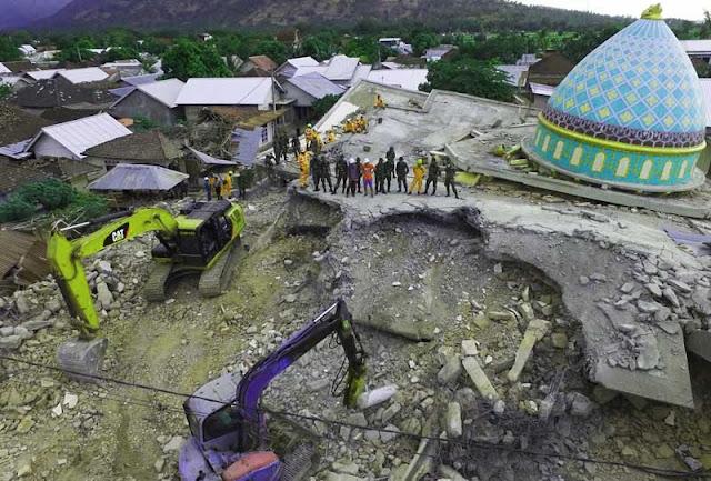 Foto Dahsyatnya gempa bumi Lombok baru-baru 2018