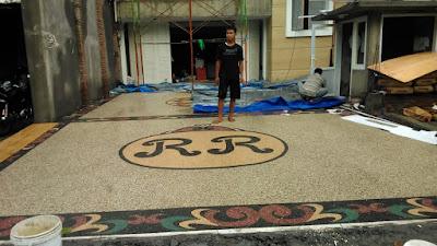 Jasa Pasang Batu Sikat Surabaya