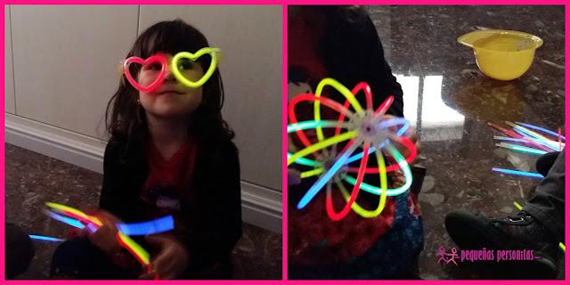 compras, pulseras fluorescentes, pulseras luminosas, pulserasfluorescentesfluor, fiestas, articulos de fiesta, barritas de luz, fiestas para niños