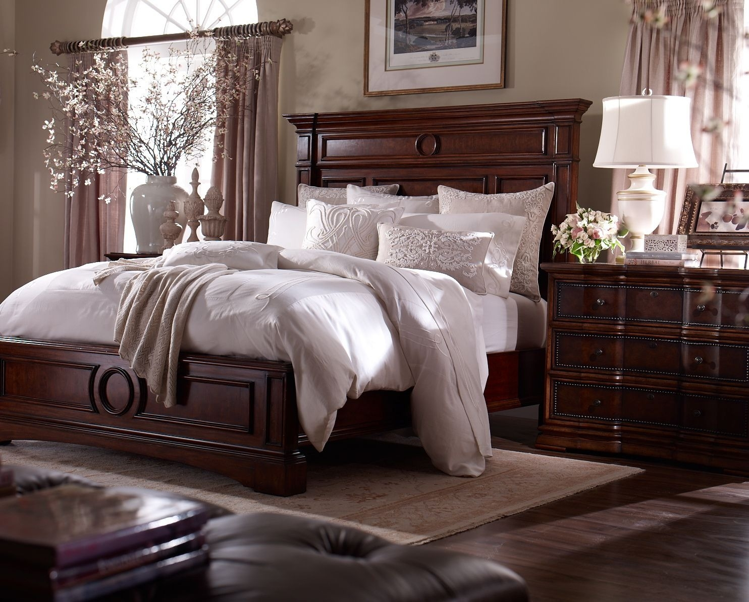 great master bedroom decorating ideas with dark furniture for your home
