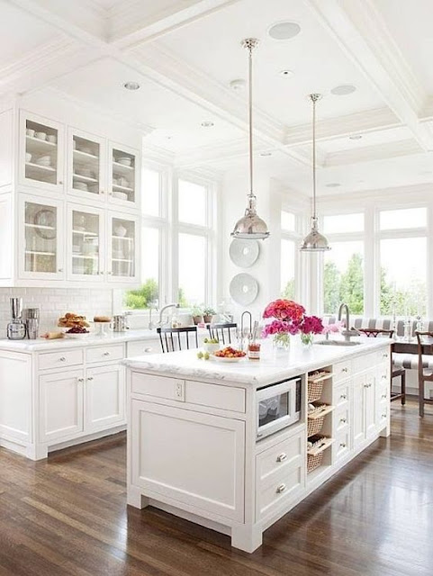 Inspiring and beautiful white modern farmhouse kitchen design via Hello Lovely Studio