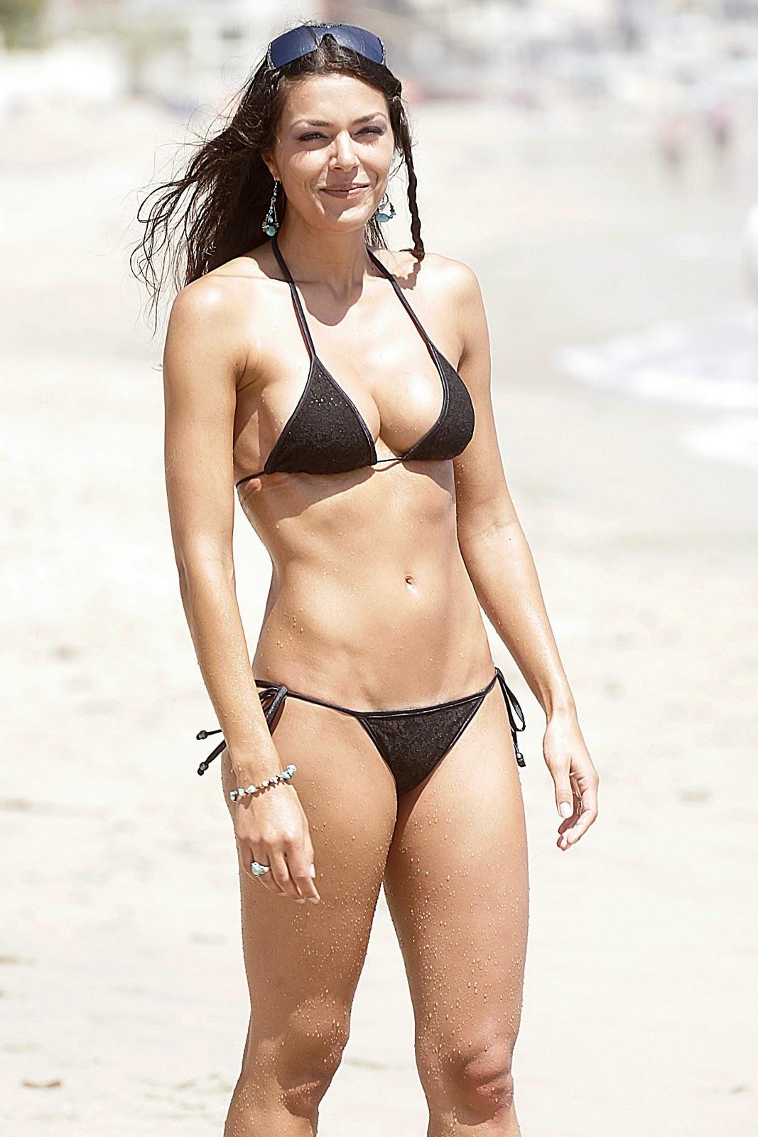Bikini Alana Beard Nude Pictures