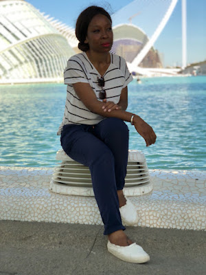Raquel Andombe, diseñadora, mujer emprendedora, Dmuñeka, diseñadora de moda, diseñadora de joyería