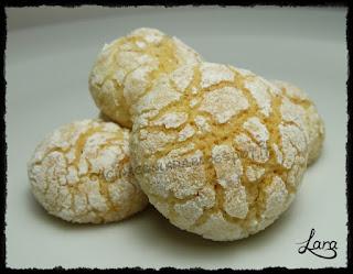 http://cucinaconlara.blogspot.it/2017/12/biscotti-profumatissimi-con-mandorle-e.html