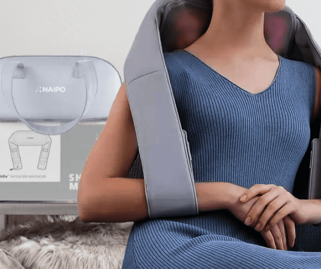 Reviews on the Naipo Ocuddle Shoulder and Neck Massager by barbies beauty bits