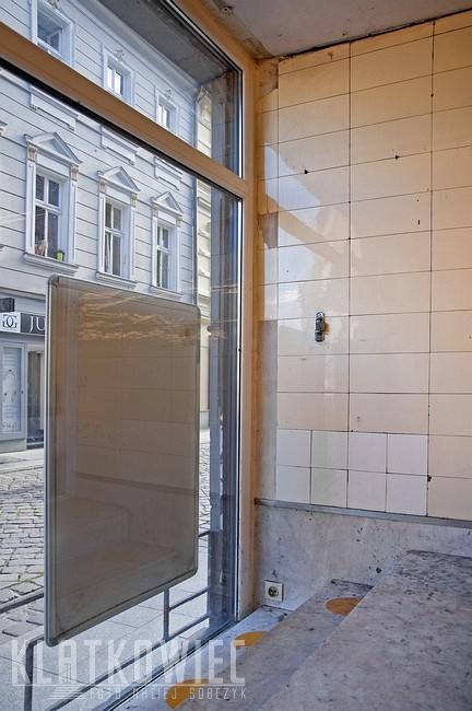 Bielsko-Biała. Modernizm. Wnętrze przedwojennego sklepu mięsnego.
