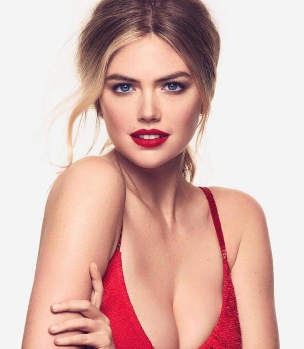 The Celebrity Braless Trendy : Kate Upton Has Beautiful