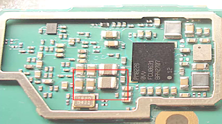 Samsung S6 circuit components highlighted in this image
