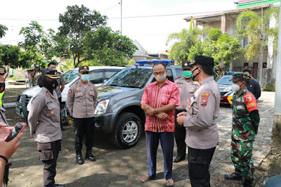 Ponorogo Zona Merah, TNI/Polri, Pol PP Gencarkan Ops Yustisi  dan Semprotkan Disinfektan