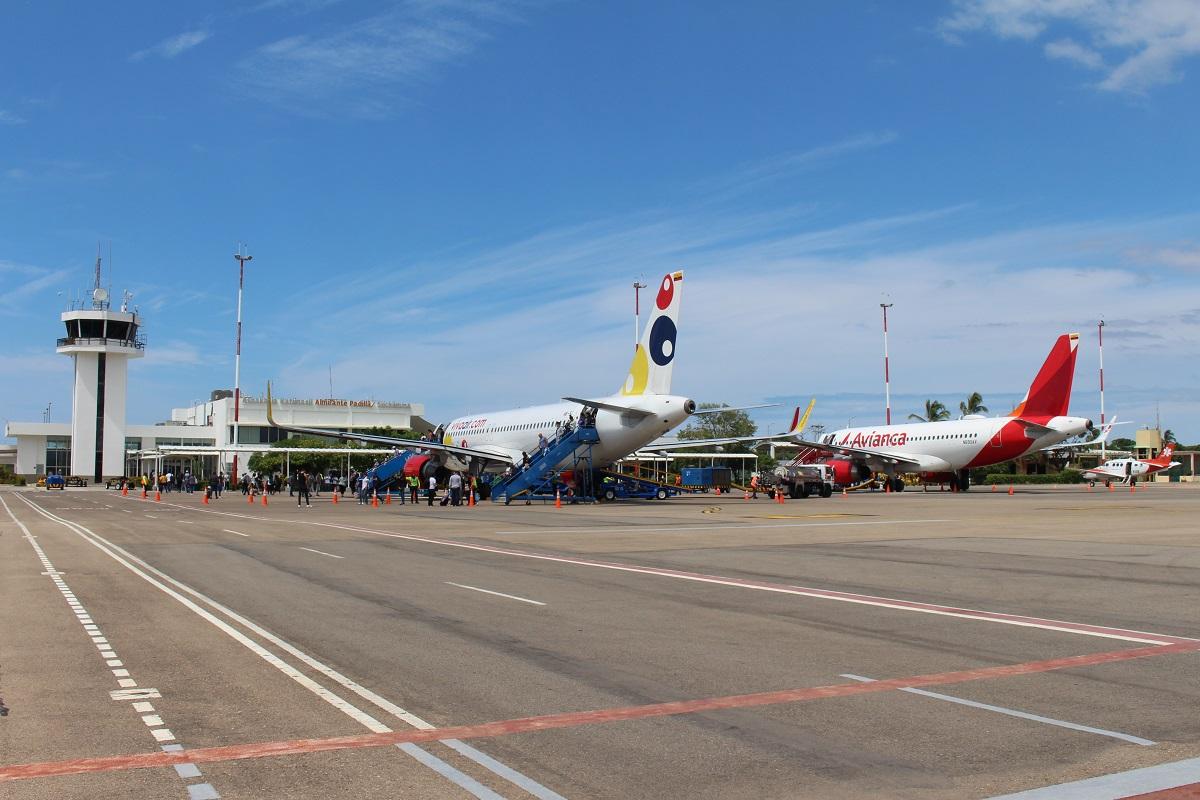 https://www.notasrosas.com/Aeropuerto Internacional 'Almirante Padilla', de Riohacha permitirá a viajeros, ingresar con acompañantes