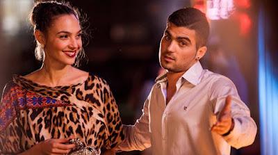 """Com Gal Gadot, """"Amor em Jogo"""" chega nesta semana nos cinemas"""