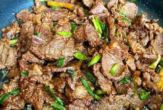 KETO MONGOLIAN STYLE BEEF