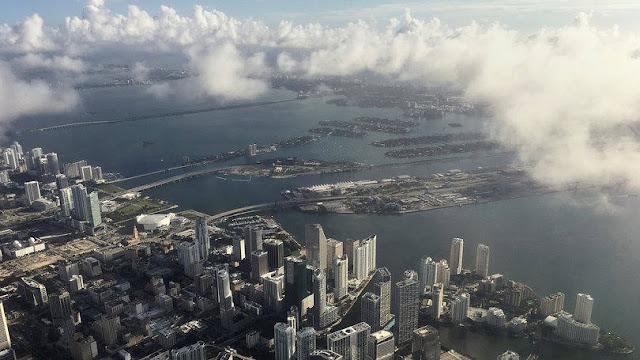 Épocas de furacão em Miami na Flórida