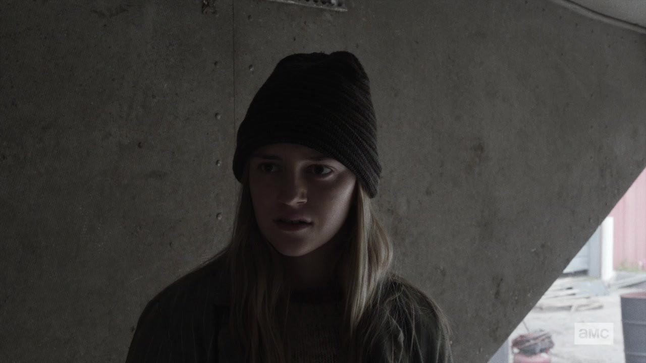 Annie, en el episodio 5x06 Tje Little Prince de Fear The Walking Dead