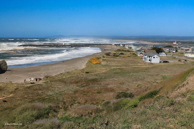 copyright RocDocTravel.com geology travel trips roadtrip Oregon coast Bandon beach