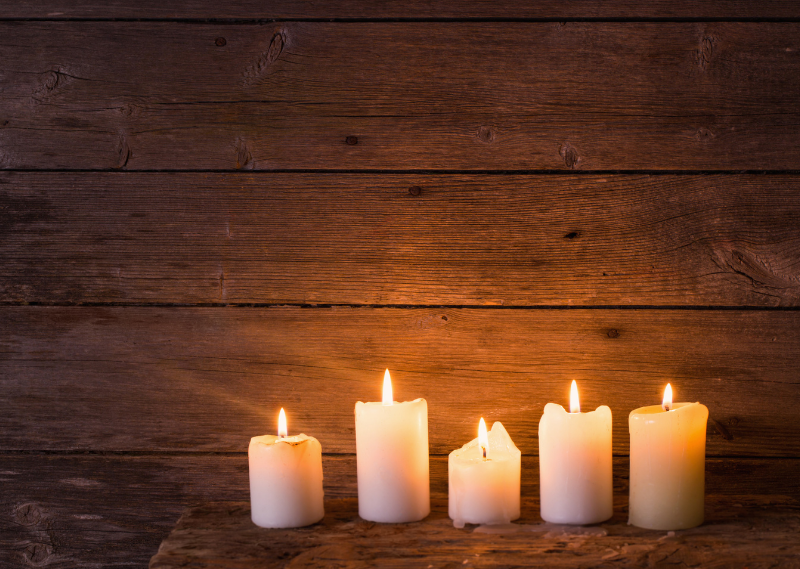 Candles in a post about 10 feel-good TV and films for a self-care night
